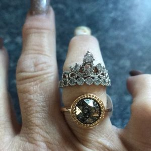 2 rings size 6